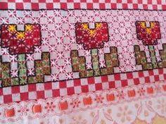 Resultado de imagen para bordados em tecido xadrez lilas pano de prato