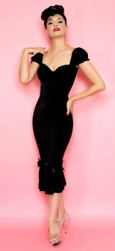 Classic Vogue Wiggle Dress missingsisterstill.tumblr.com
