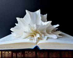Libro scultura - arte astratta - alterato libro - arte di carta