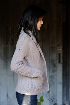 Knit cardigan pattern - like the color, length and pockets