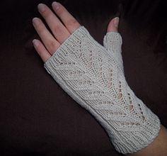 Simple fingerless mitts knitted using magic loop method.