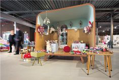 Pop up Shop | Retail Design | Milk+Lemonade in Amsterdam