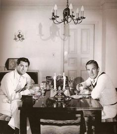 butchieb:Two eligible gay young bachelors sharing digs in Hollywood…(Cary Grant and Randolph Scott) to cut down on expenses (!) Yeah right………. Cary Grant Randolph Scott, Gary Grant, Hollywood Men, Classic Hollywood, Hollywood Style, Vintage Hollywood, Becoming An American Citizen, Barbara Stanwyck, Star Wars