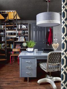 Gray Desk with Gray Lampshade Pendant Light
