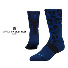 Sharpen your teeth, stalk your prey, and take no prisoners with Stance's Felidae. As part of Stance's Fusion Basketball collection, this sock blends crisp style with fresh technology. This design enhances support and reduces fatigue by placing a denser weave in strategic areas of the sock. Thanks to its mesh vents and Quik Wick fabric, the Felidae keeps things cool by moving moisture from your feet. Chase down the ball with Stance's Felidae $18