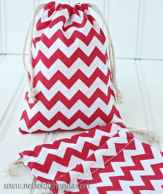 Check out this item in my Etsy shop https://www.etsy.com/listing/177899816/premium-chevron-drawstring-favor-gift