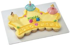 disney princess cupcake cake ahhh!!! Why didnt i find this years ago?!