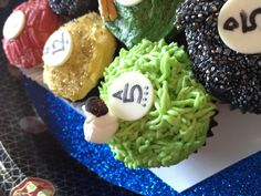 Settlers of catan cupcakes!