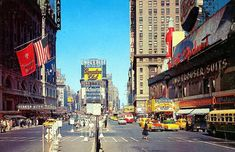 Great vintage photos of the USA. Great vintage photos of the USA. Nostalgic Pictures, Times Square New York, Thing 1, New York Photos, Car Photos, City Photography, Vintage Colors, Vintage Postcards, Vintage Photos