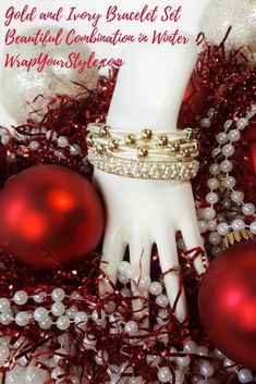 Christmas is coming.maybe a leather bracelet is the perfect unique gift idea for the ladies in your life! Unique gifts for women are hard to find, but Wrap Your style had you covered! Leather Bracelet Tutorial, Fashion Designer Quotes, Mode Rose, Unique Gifts For Women, Presents For Her, Bracelet Cuir, Fashion For Women Over 40, Jewelry Making Tutorials, Christmas Is Coming