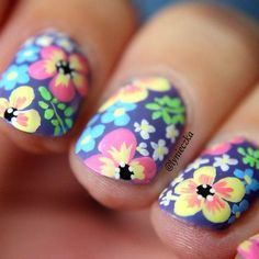 motivational trends: 9 Floral Nail Designs For Spring