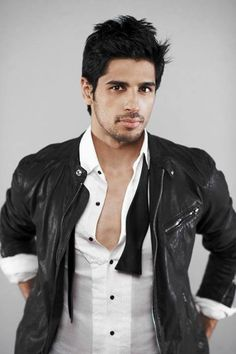 Siddharth Malhotra (b. 16 Jan is an Indian film actor who appears in Bollywood films. Bollywood Stars, Indian Celebrities, Bollywood Celebrities, Bollywood Outfits, Gay, Celebrity Workout, Indian Man, Raining Men, Handsome Boys
