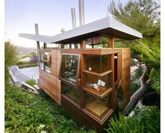 28 Homes for Nature Lovers
