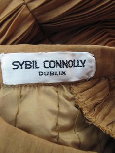 For Sale on - Sybil Connolly Irish linen pleated jacket and skirt with satin trim. Ringo Starr, Irish Fashion, Irish Design, Vintage Labels, Fashion Outfits, Womens Fashion, Badges, Authenticity, Lust