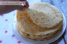 Crepes Sem Lactose, Lactose Free, Dairy Free, Gluten Free Sweets, Gluten Free Recipes, Healthy Recipes, Vegan Crepes, Cocina Natural, Sans Gluten