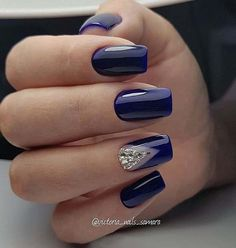 Best Nails Fake Design Art Ideas 56 Ideas nails nailsfake nailsdesign nailsart nailsideas is part of Gel nails Art Rose - Gel nails Art Rose Blue And Silver Nails, Blue Gel Nails, Navy Nails, Cute Acrylic Nails, Stylish Nails, Trendy Nails, Gel Nagel Design, Short Nail Designs, Navy Blue Nail Designs