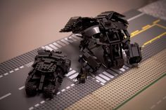 LEGO Batman: The Bat and the Batmobile-tumbler