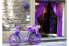I used to live above this! The street always smelled like lavender!<3<3