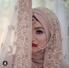 Hijabi Wedding, Muslimah Wedding Dress, Asian Wedding Dress, Muslim Wedding Dresses, Muslim Brides, Wedding Dresses For Girls, Wedding Wear, Muslim Couples, Wedding Makeup