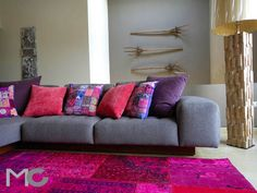 Gray and purple living room by Mariangel Coghlan