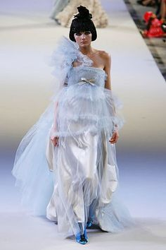 Christian Lacroix Fall 2006 Couture Collection Photos - Vogue