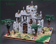 I Scream Clone has created an amazing Lego MOC this week! I've always loved the Orc minifigures, and it's cool to see them in builds that are outside the Lord of the Rings realm. This deteriorating castle is amazing! I also really like the spooky trees Lego Army, Lego 4, Cool Lego, Awesome Lego, Chateau Lego, Lego Burg, Lego Knights, Spooky Trees, Lego Builder