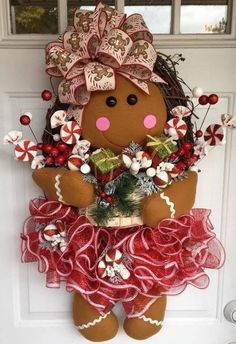 This How To Make A Gingerbread Girl Wreath, DIY Christmas wreath, DIY Christmas Door Hanger is just one of the custom, handmade pieces you'll find in our critiques & shop tutorials shops. Gingerbread Decorations, Indoor Christmas Decorations, Christmas Gingerbread, Christmas Diy, Homemade Christmas, Christmas Greetings, Gingerbread Men, Christmas Movies, Lollipop Decorations
