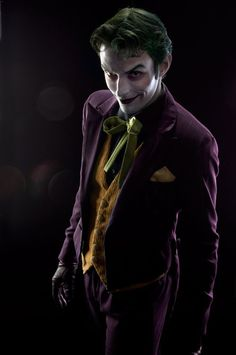 Anthony Misiano A.K.A Harley's Joker, he's seemingly the most well-known Joker Cosplayer in the world. - Imgur