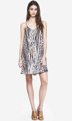 Placed Print V-Neck Trapeze Dress  Was: 69.90$ Now: 41.94$