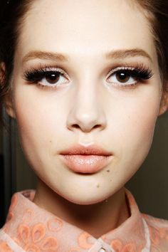 7 Makeup Tricks for Brown Eyes. I'm also guessing blues. And green. And hazel.  And I love this models look.