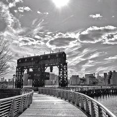 Lovely shot of Gantry Park in Long Island City, #NYC