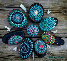 "451 Likes, 5 Comments - Yulia (@yuliart.dots) on Instagram: ""#YuliaArtDots #stoneflower #paintedstones #rocks #stones #dots #turquoise #mandala #רחוק כל כך"""