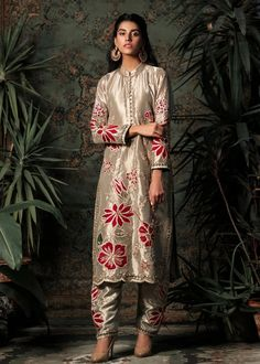 Hand Embroidery Dress, Machine Embroidery, Dress Name, Golden Dress, Party Wear, Kimono Top, Sequins, Pure Products, Wedding Dresses