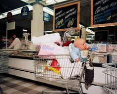 IRELAND. Dublin. Crazy Prices Supermarket. 1986 - Martin Parr /...