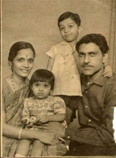 Rare picture of famed Bollywood villain Amrish Puri with his family Bollywood Couples, Bollywood Cinema, Indian Bollywood Actress, Bollywood Actors, Bollywood Celebrities, Indian Actresses, Rare Pictures, Historical Pictures, Rare Photos