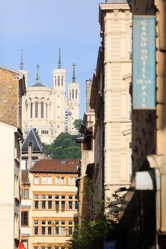 Vue sur la Fourvière depuis le Grand Hôtel de la Paix Lyon