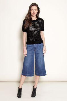 Black open-stitch top – Pima Doll