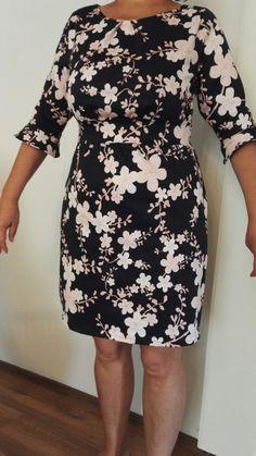 Mekon ompelua Dresses With Sleeves, Long Sleeve, Fashion, Moda, Sleeve Dresses, Long Dress Patterns, Fashion Styles, Gowns With Sleeves, Fashion Illustrations