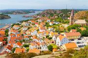 The colourful and picturesque fishing village Fjällbacka. - love Fjällbacka!
