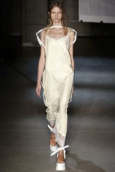 MM6 Maison Margiela Spring 2015 Ready-to-Wear Fashion Show - Lina Spangenberg (Fusion)