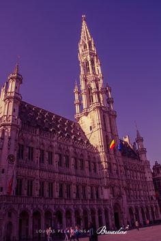 Hôtel de Ville, prédio da prefeitura de Bruxelas, construído em 1420.