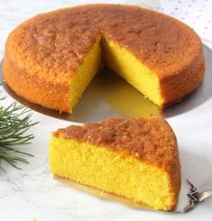 saftigsaffranskaka10 Fika, Dessert Recipes, Desserts, Cornbread, Buffet, Muffins, Food And Drink, Cooking Recipes, Ethnic Recipes
