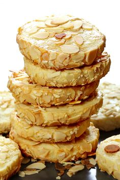 Almond Cream Cheese Cookies - Buttery melt-in-your-mouth sugar cookies with the tang of cream cheese and garnished with slivered almonds. Cream Cheese Cookies, Biscuit Cookies, Keto Cookies, Sugar Cookies, Easy Cookie Recipes, Dessert Recipes, Just Desserts, Delicious Desserts, Almond Cream