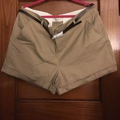 Size 1x Khaki shorts. NWT Khaki shorts size 1x. Brown belt. Never worn with tags. Approx 16in length. Shorts