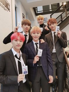kwon soonyoung <hoshi>, jeon wonwoo, boo seungkwan, xu minghao <the8> & wen junhui | flower intern's lucky box | seventeen