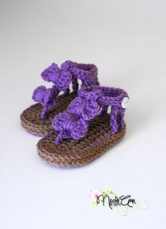 Baby Crochet Bow Sandals on Luulla- so many things to make! This is why family can't have babies!