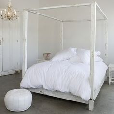Contemporary-Canopy-Bed-Designs_28
