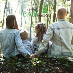 Are you interested in learning the role of foster parent? What is foster care? What foster care program best fits your family? Read more to learn about different foster care programs and foster care agencies. Family Quiz, Family Goals, Family Life, Good Parenting, Parenting Hacks, Parenting Quotes, Parenting Goals, Parenting Classes, Parenting Teens