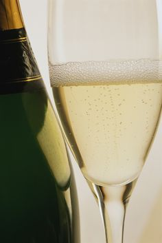 WineCAST #22: Intro to Sparkling  http://bit.ly/yTukfG