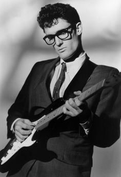 Buddy Holly Photo Portrait Print Charles Hardin Holley , known professionally as Buddy Holly, has been called the single most influential creative force in early rock and roll. All of our prints are beautifully rendered on 13 by 19 Rock Roll, Rock And Roll Bands, 50s Rock And Roll, Rock Bands, Genre Musical, Best Guitar Players, Gangster, Photo Portrait, Buddy Holly